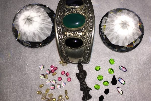 Kristalle, Armreif, Figurine, Edelsteine